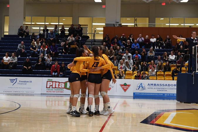 Cook hits six aces as Gaels defeat RMC in straight sets