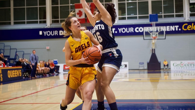 Weltz career highs of 21 points and five steals leads No.7 Gaels to 83-76 win over Toronto